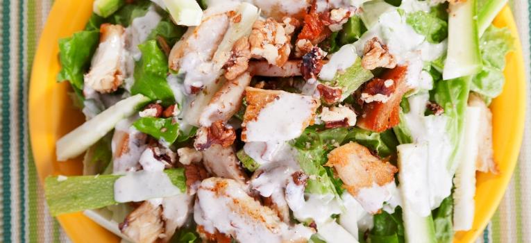 salada de frango e nozes