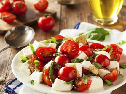 Saladas light para ajudar a perder peso