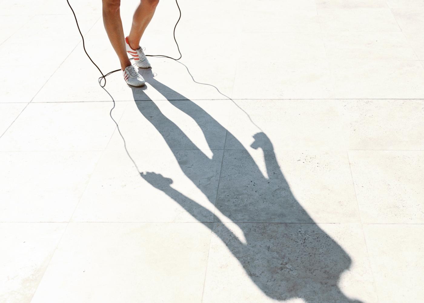 Benefícios de saltar à corda: tonificação