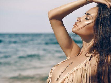 Os essenciais de praia para pele e cabelo que não podem faltar