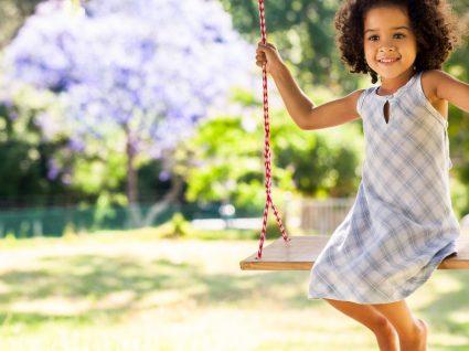Vestidos de verão para meninas: roupa fresca, leve mas cheia de estilo