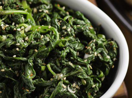 Esparregado na Bimby: 5 receitas saudáveis para variar o seu menu