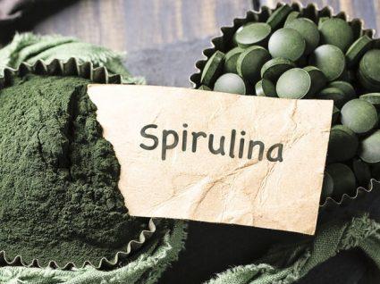 Benefícios da Spirulina: realidade vs promessas
