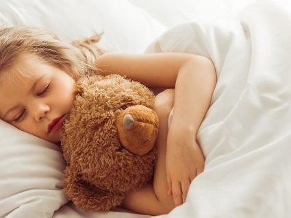Como fazer a criança dormir sozinha?