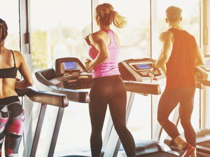 Correr na passadeira vs correr na rua - a melhor opção