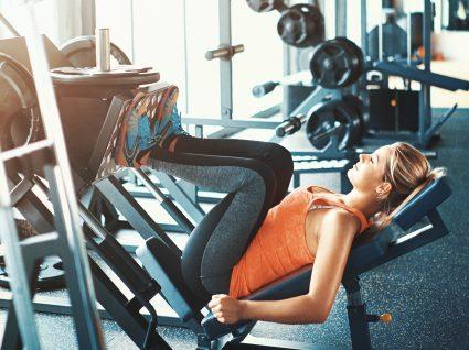 Treino de ginásio para tonificar as pernas: 6 exercícios eficazes