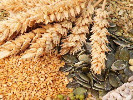 8 Alimentos essenciais a vegetarianos para prevenir carências nutricionais