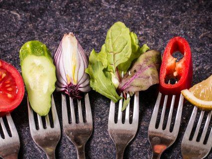 Veganismo e vegetarianismo : descubra as semelhanças e diferenças