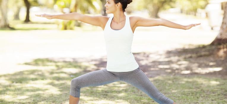 Yoga postura do guerreiro