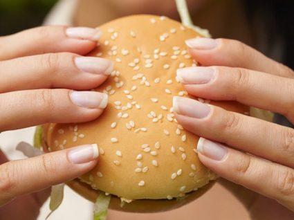 6 Tipos de alimentos que aumentam o apetite: conheça-os melhor