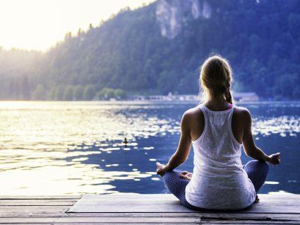 Yoga: trabalhe o corpo e a mente no seu estado puro