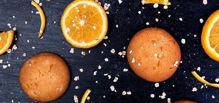 Bolachas sem glúten com laranja