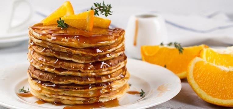 panquecas de laranja com mel