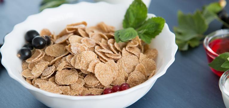 alimentos que têm muito açucar: cereais integrais