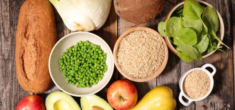 alimentos saudaveis em tigelas