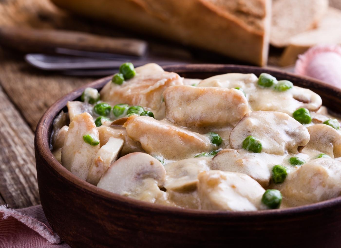 Bifes de frango no forno com cogumelos