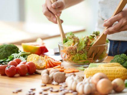 Como fazer uma alimentação saudável (do pequeno-almoço ao jantar) por menos de 45€ por semana?