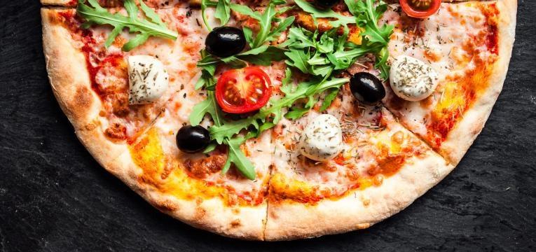 alimentos com gluten metade de pizza