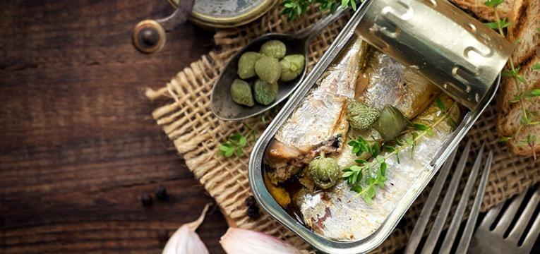 Cabazes de Natal saudáveis: conservas de peixe
