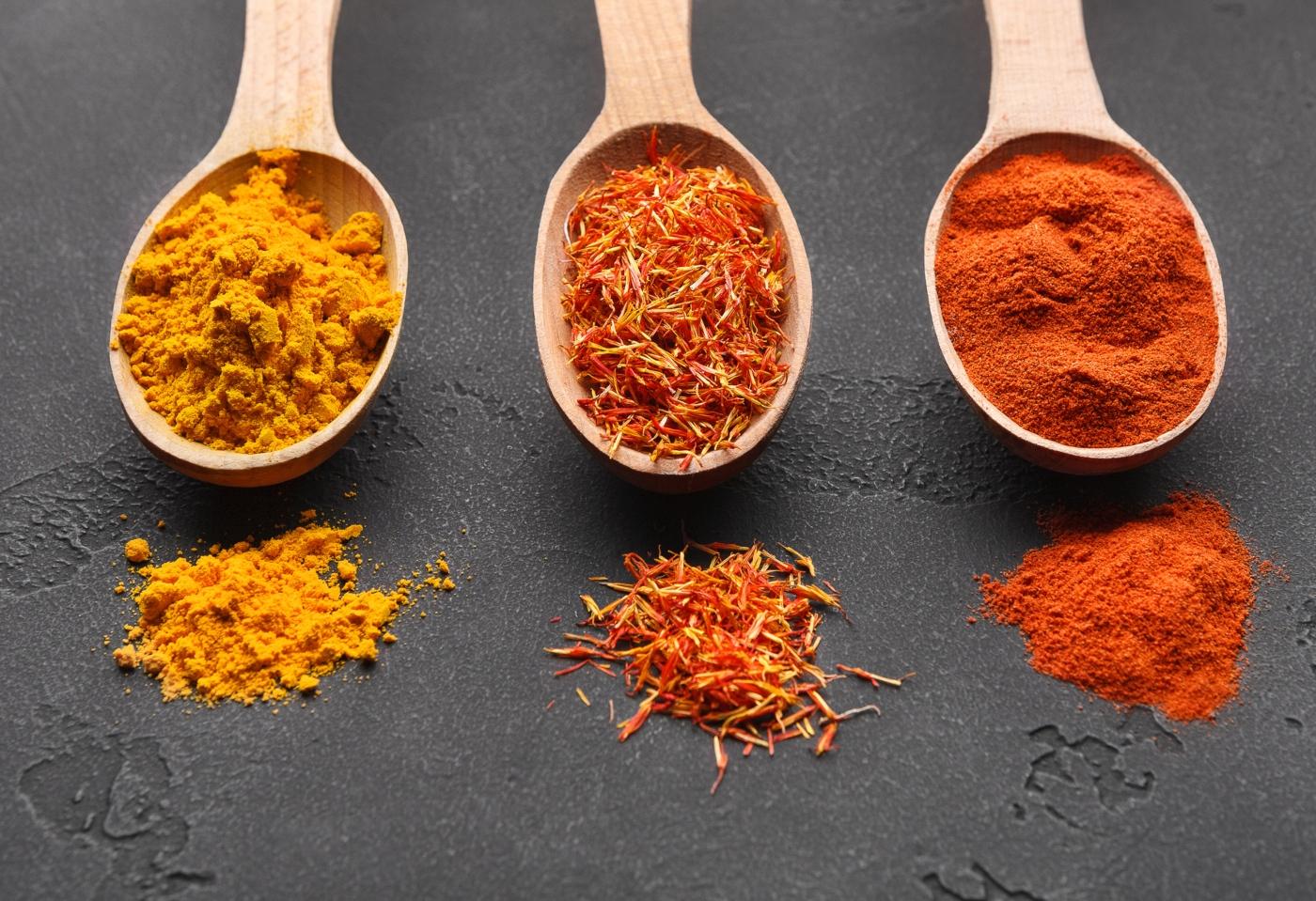 Alimentos para atenuar as dores menstruais: existem ou não?