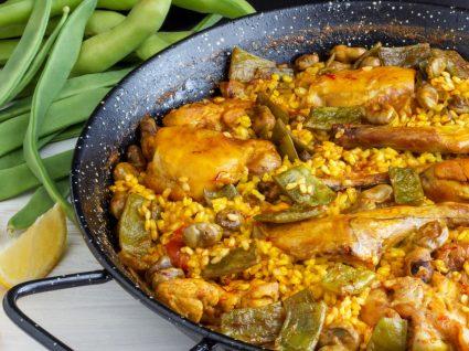 Arroz de frango com legumes e açafrão
