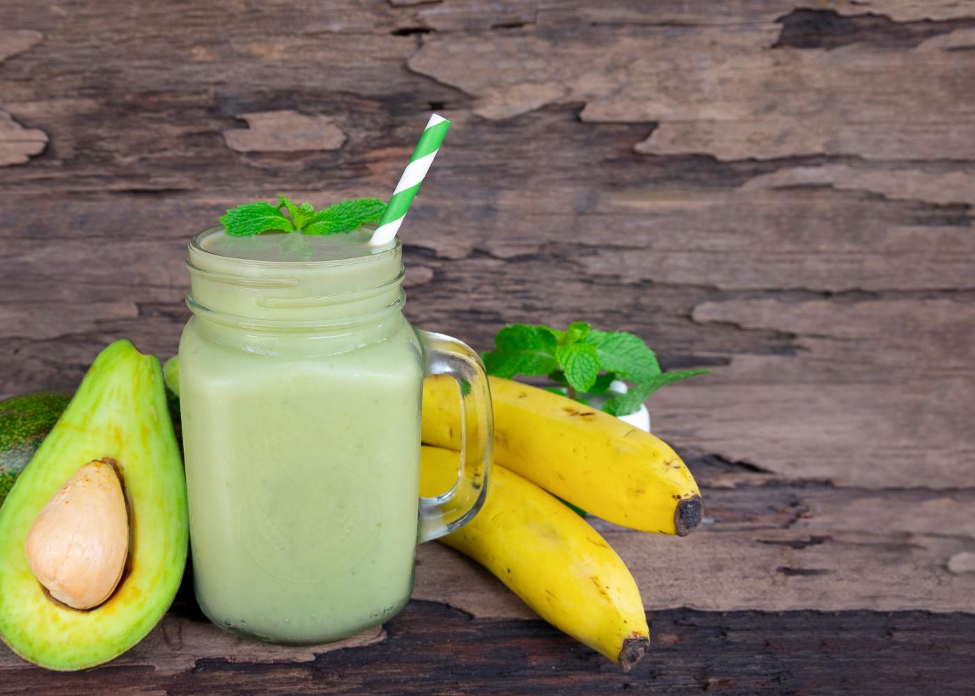 batidos de fruta: 7 receitas muito praticas, saborosas e saudaveis