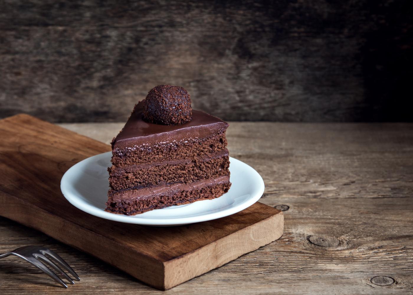 bolo de chocolate humido para sobremesas deliciosas