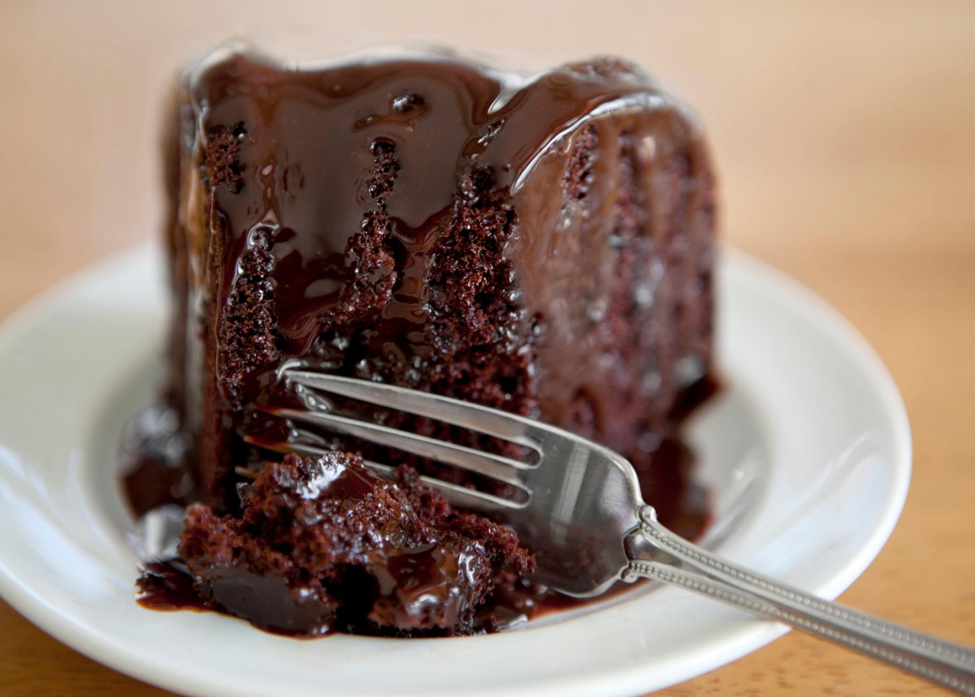 bolo de chocolate humido para lanches
