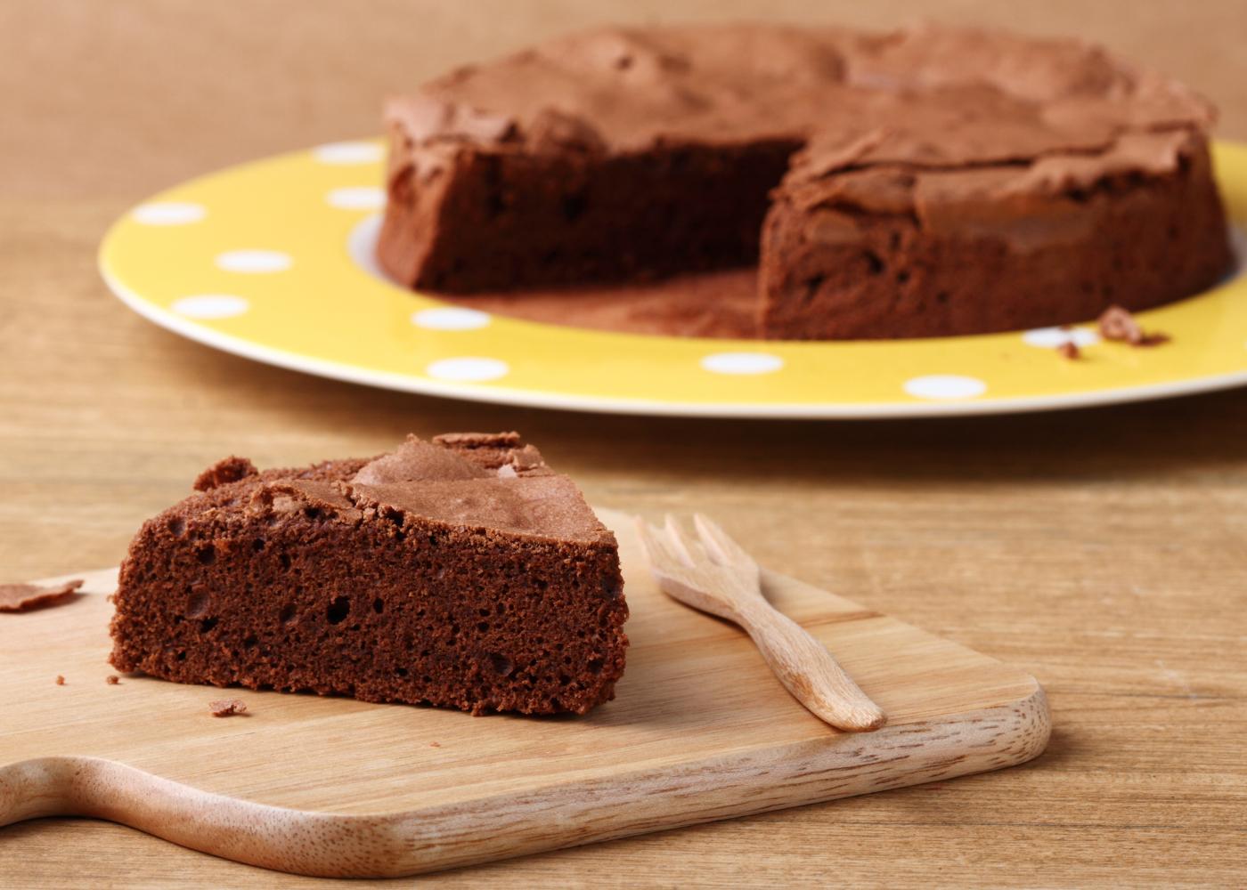 bolo de chocolate humido para o dia a dia