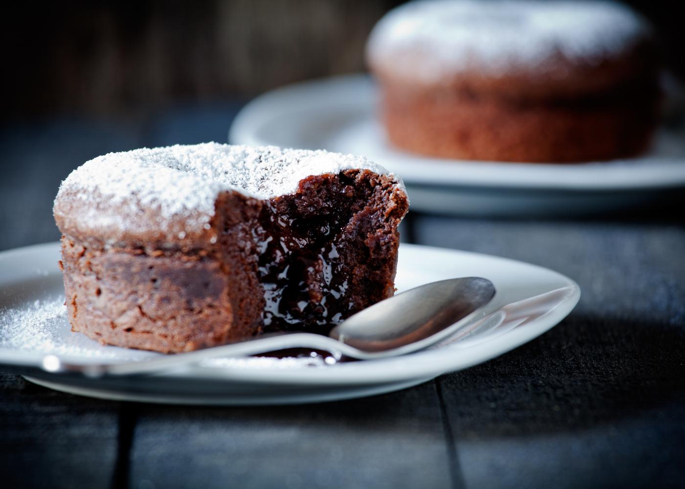 receitas de bolo de chocolate proteico simplesmente irresistiveis