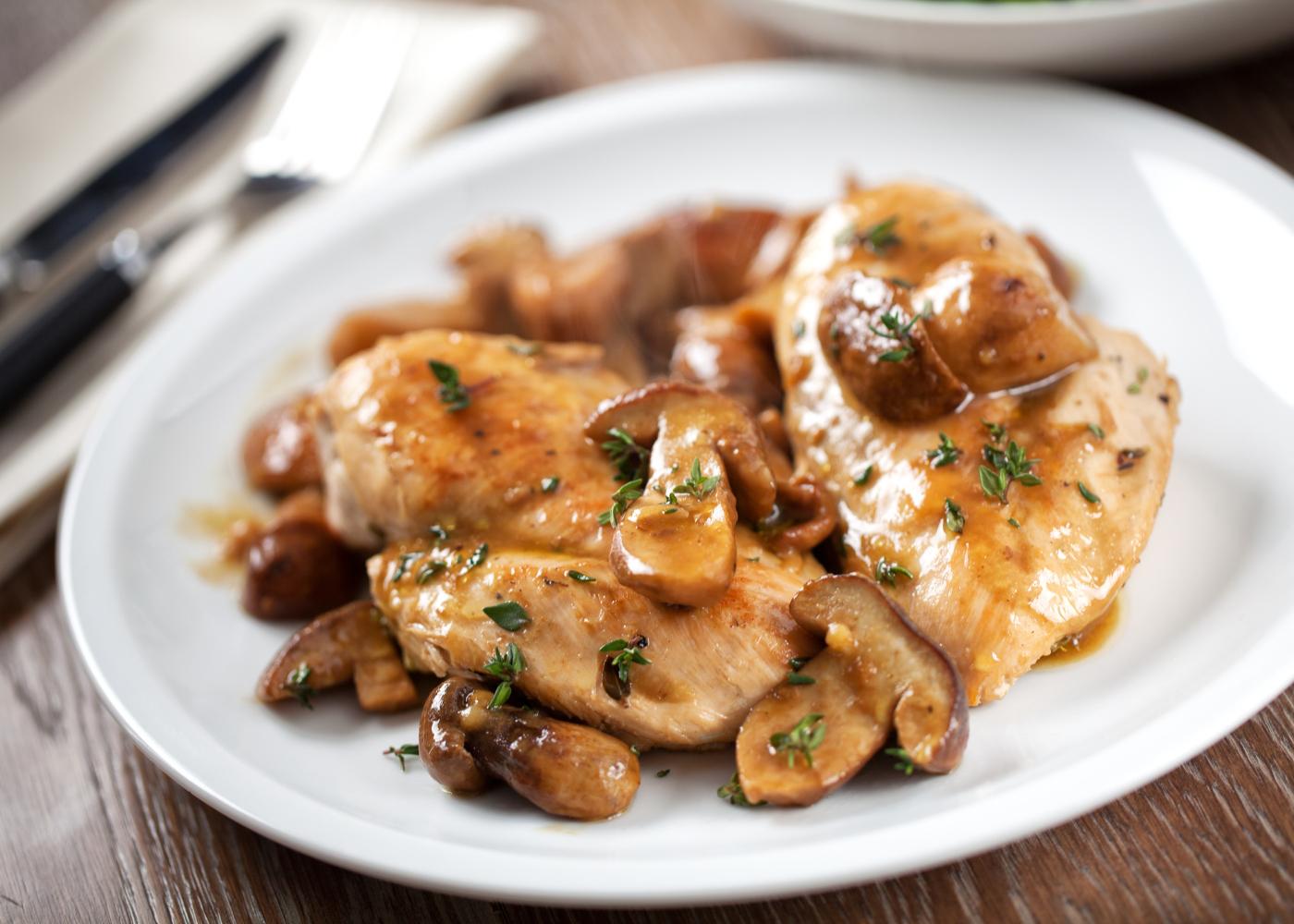 receitas de frango com natas: 4 receitas faceis e saborosas