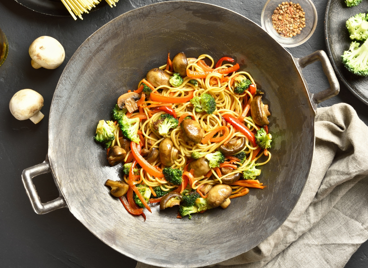 Receitas vegan: esparguete vegan com cogumelos
