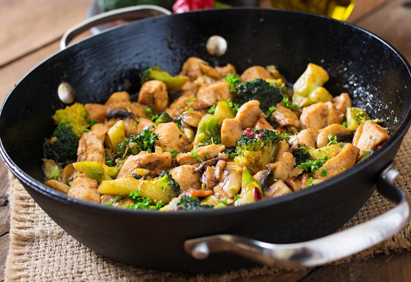 Receitas para a marmita: legumes salteados com frango