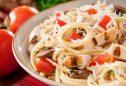 receitas de massas saudaveis massa ao tomate com tomilho e manjericao