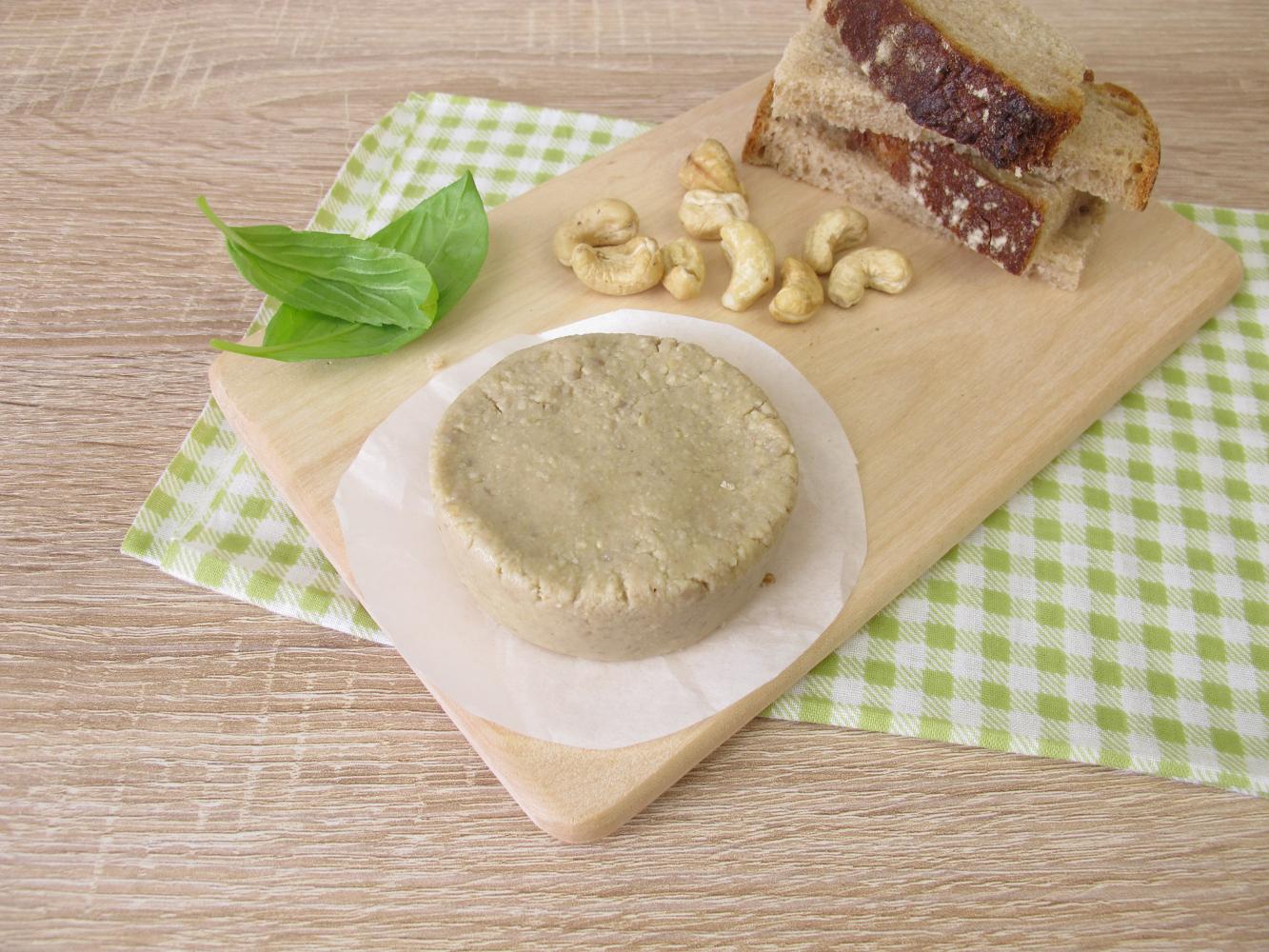 queijo inteiro vegan de caju