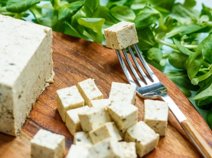 Queijo vegan: 5 receitas caseiras e saudáveis