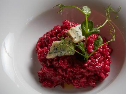 Receitas vegan: risotto de trigo-sarraceno e beterraba