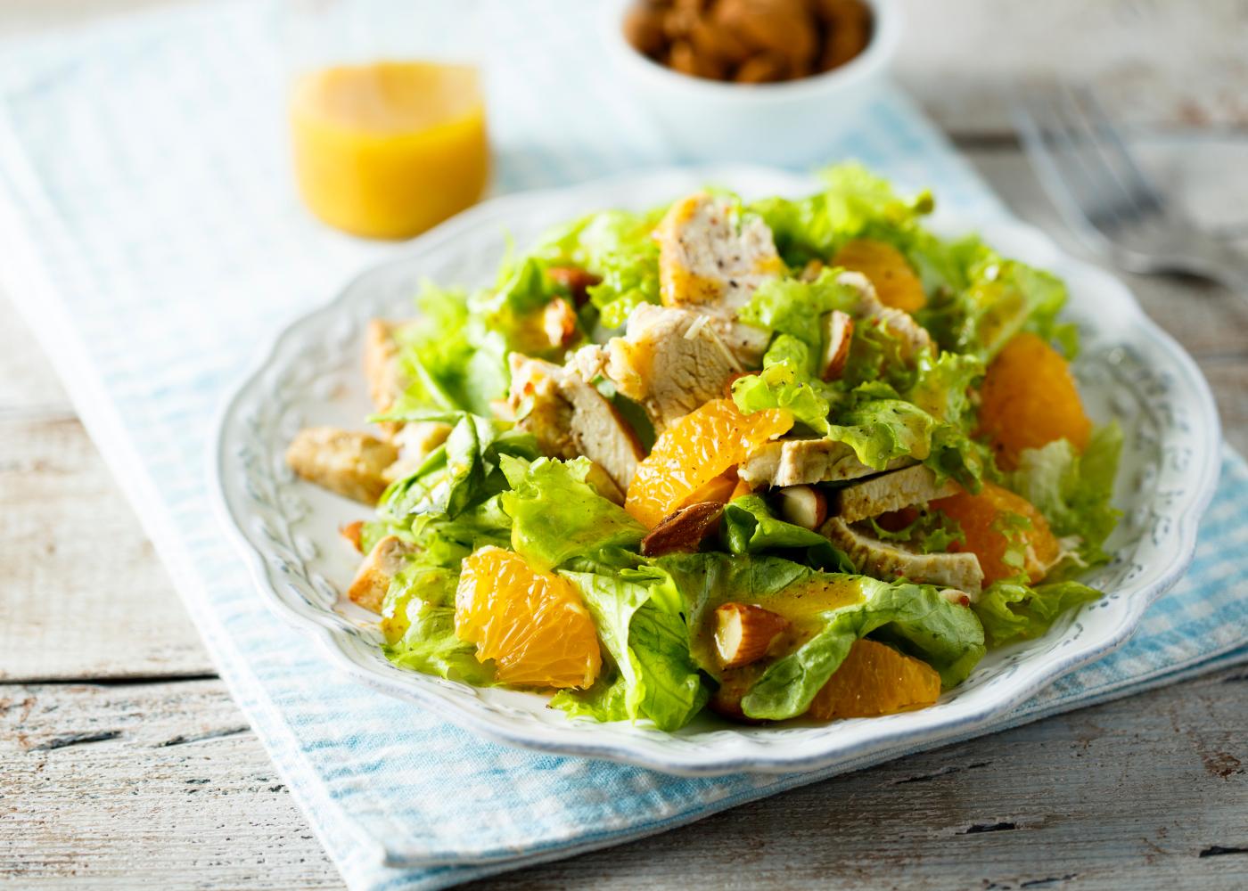 salada de frango: 4 receitas saudaveis
