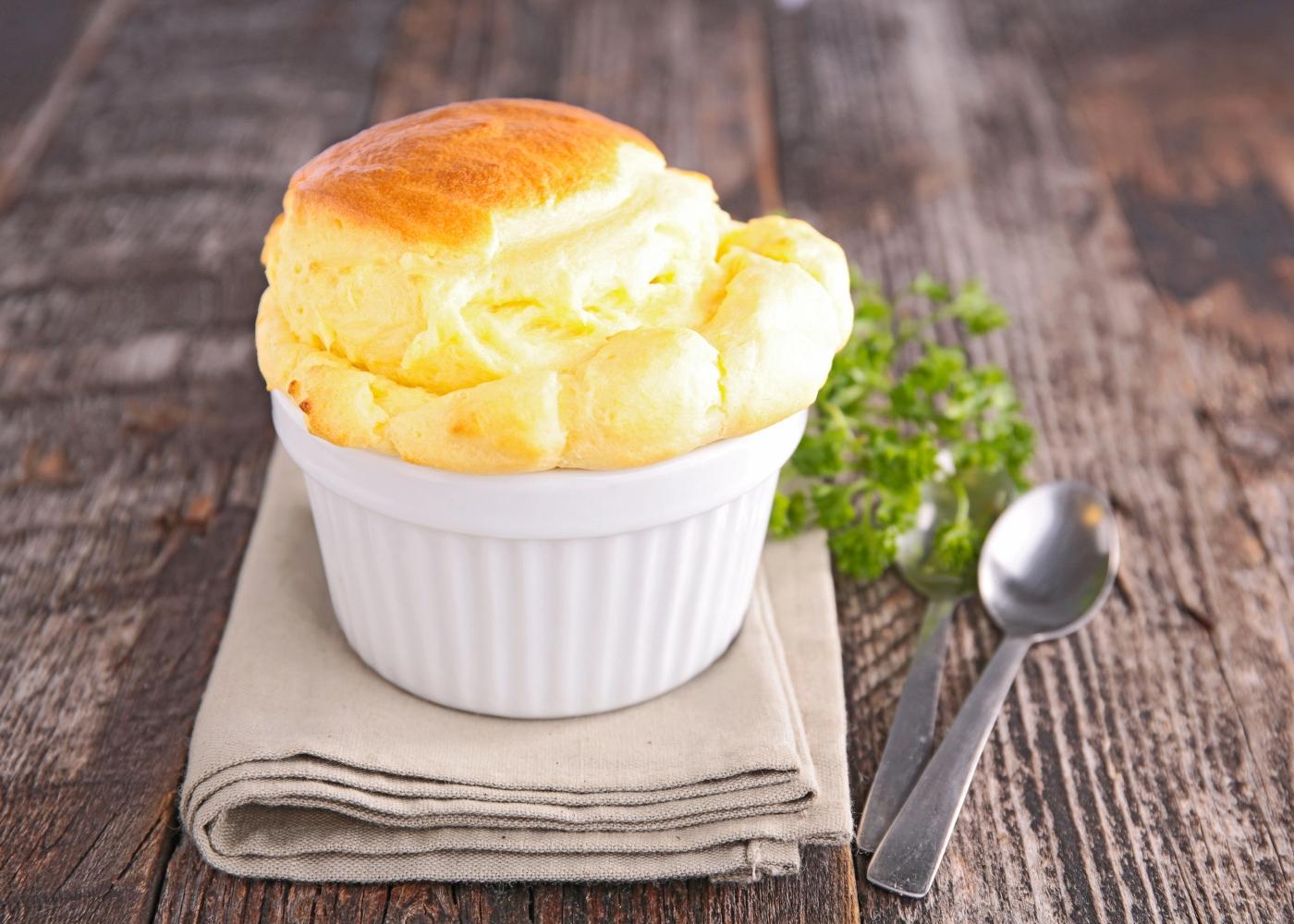 souflé de queijo simples