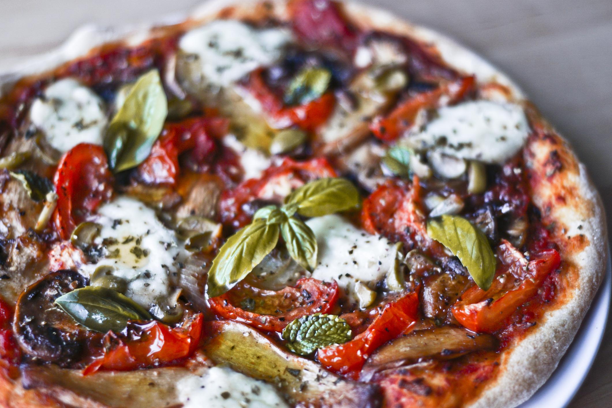 Pizza vegan cm queijo caseiro