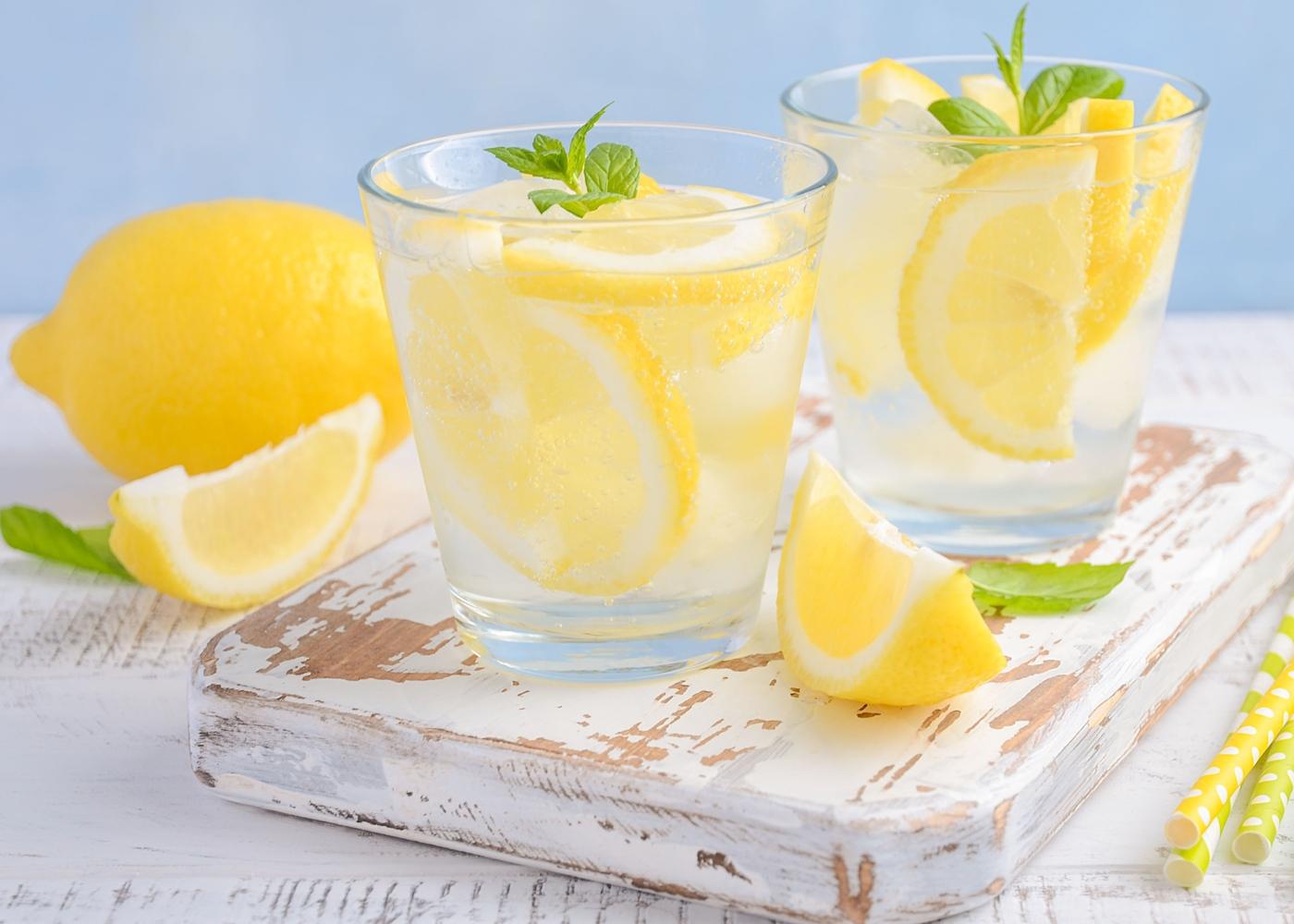 detox: beber água com limão