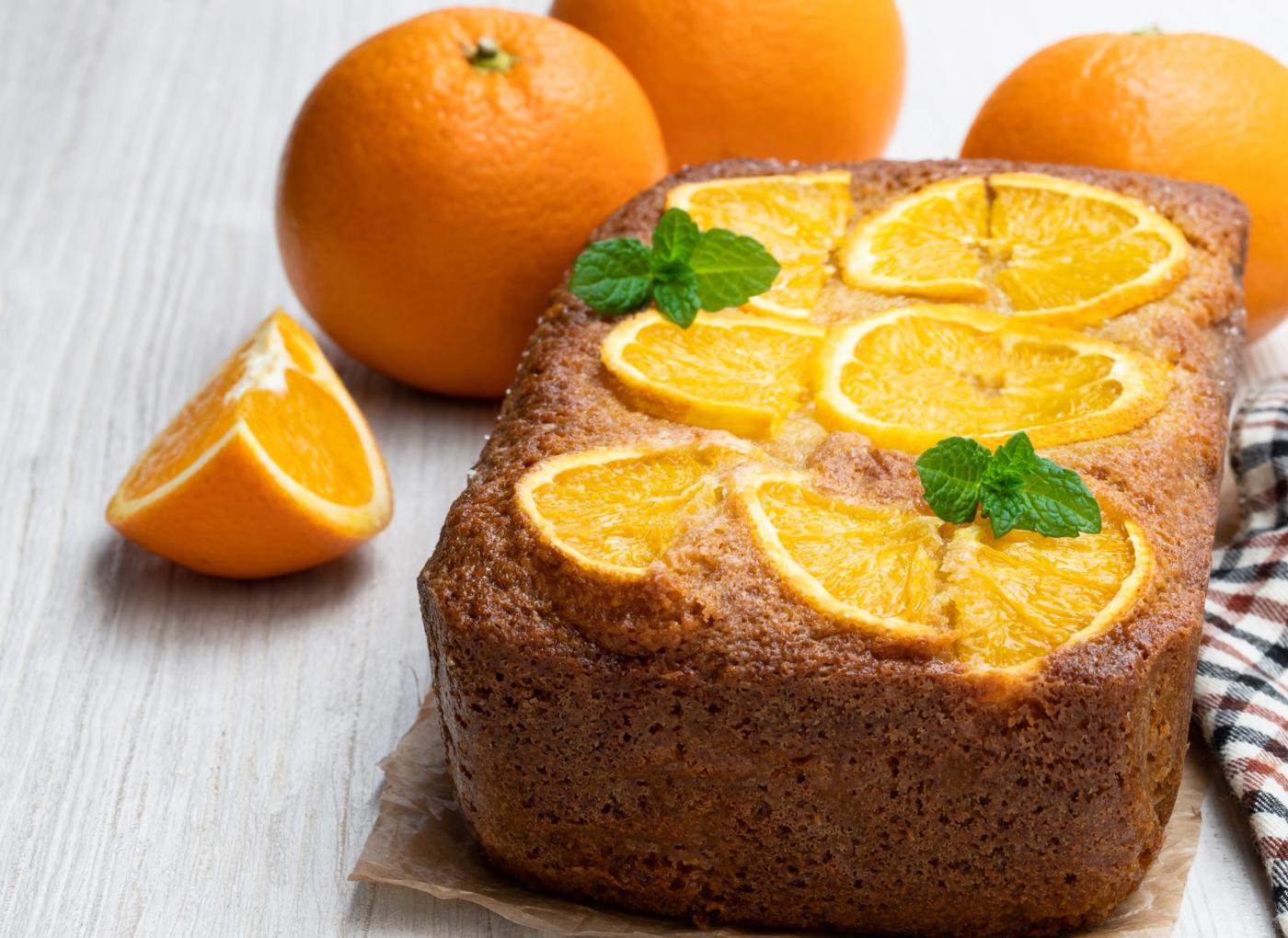 Bolo de mel e laranja