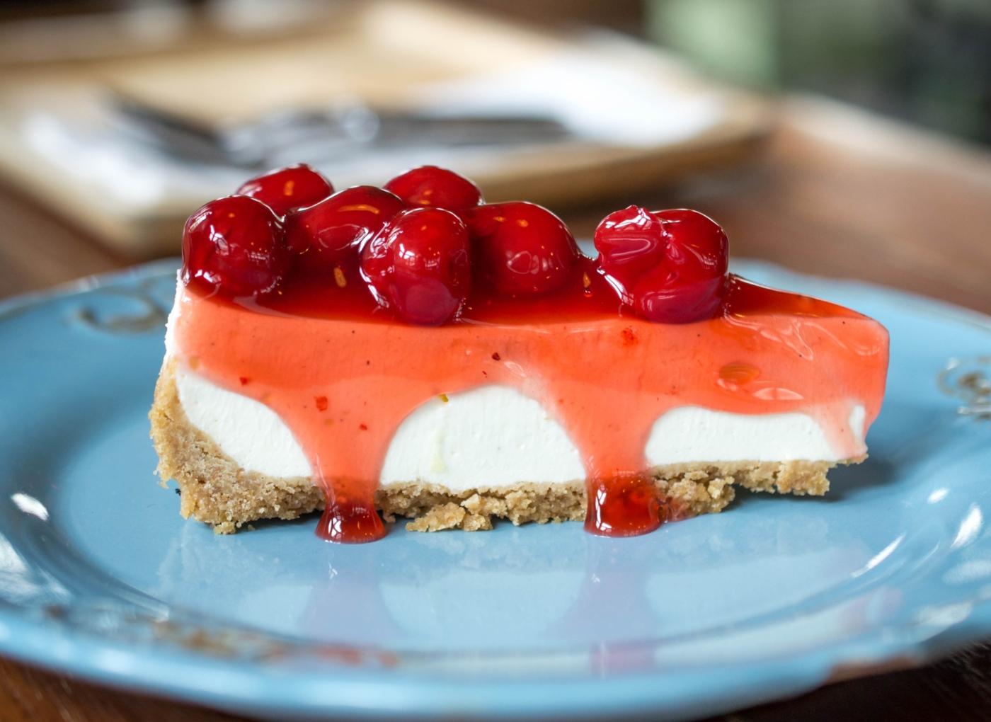 Cheesecake de cereja feito na bimby