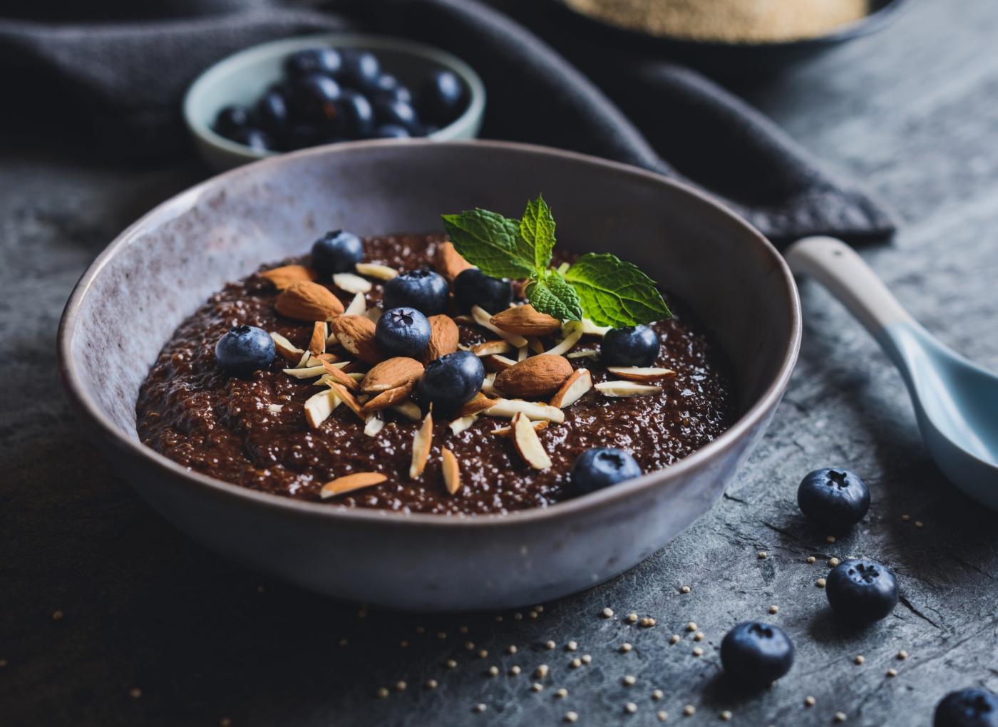 Receitas doces com quinoa: papas com mirtilos