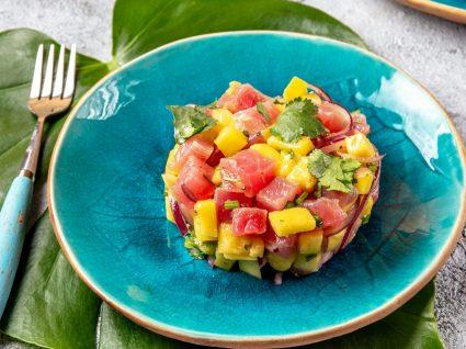 Receitas de tártaro de atum, manga e pepino