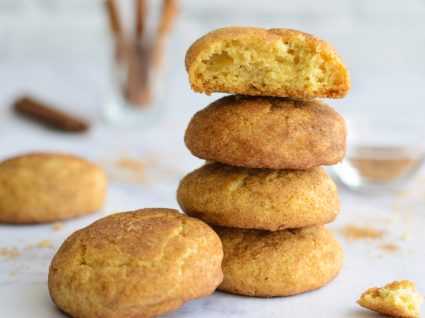 biscoitos de canela em coluna