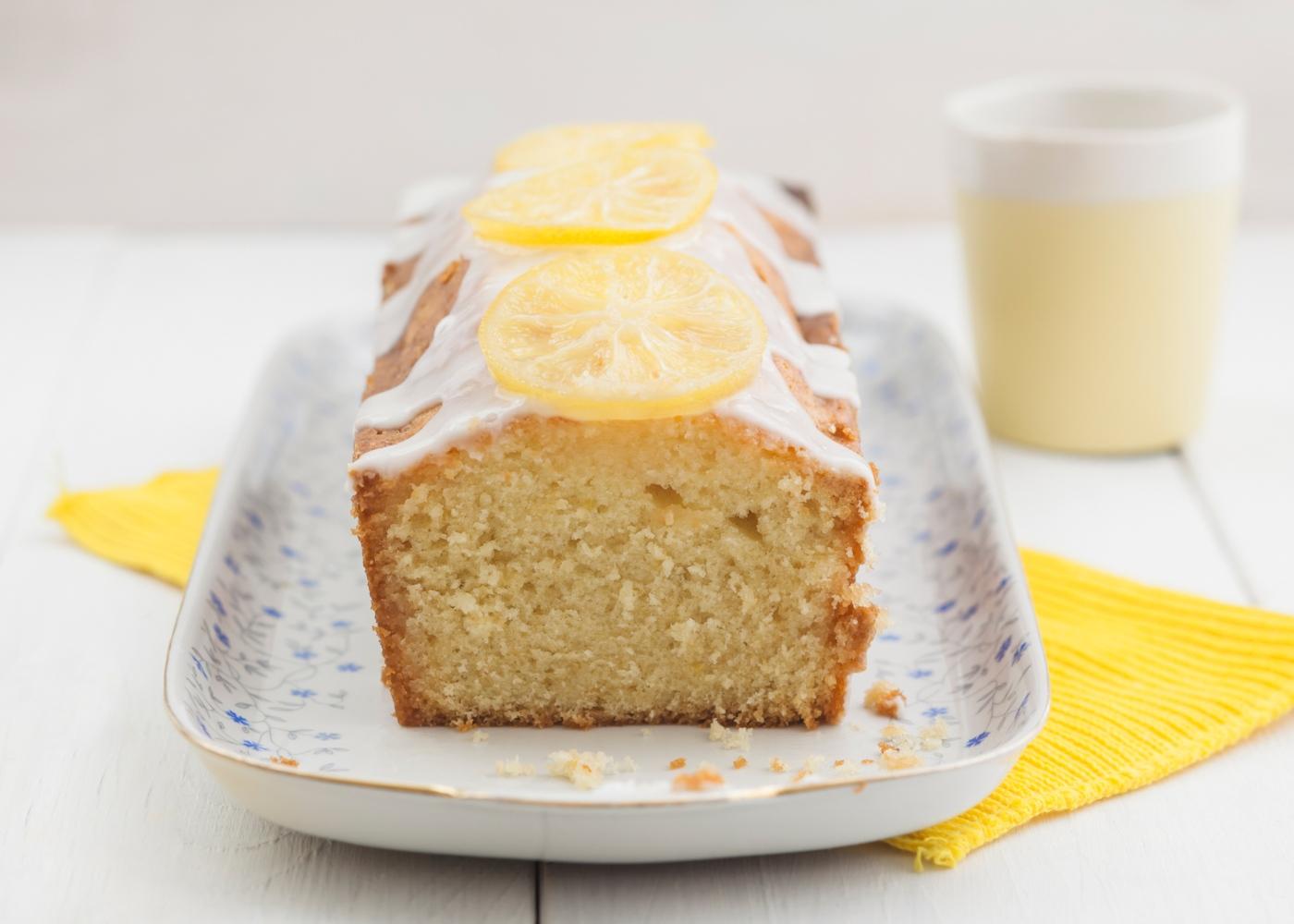 Receitas de bolos saudáveis para fazer com as crianças: bolo de limão