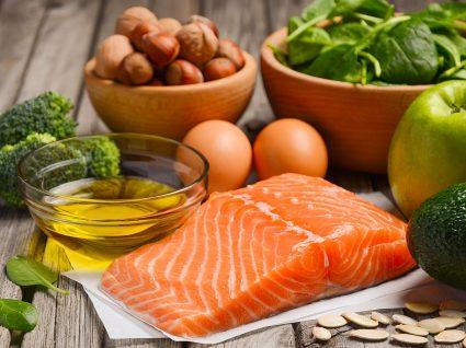 Variedade de alimentos da dieta escandinava