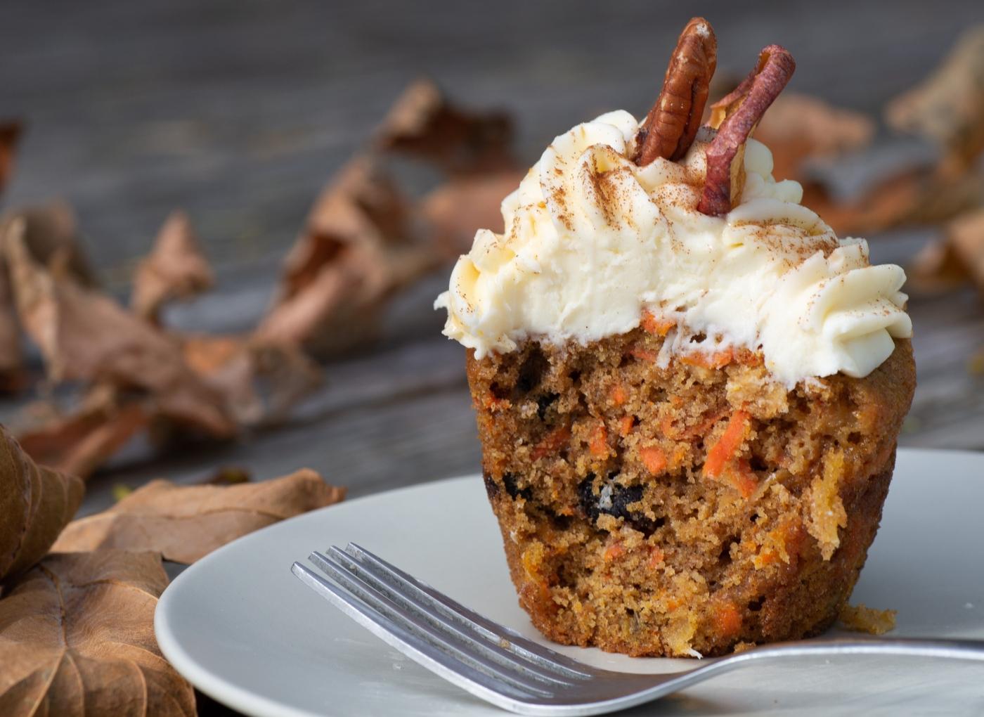 Muffins de cenoura com oleaginosas e cereais