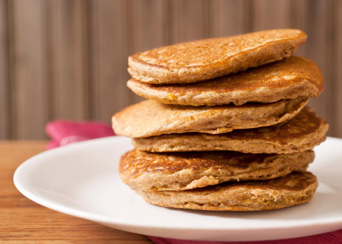 Panquecas sem açúcar e lactose: panquecas de quinoa